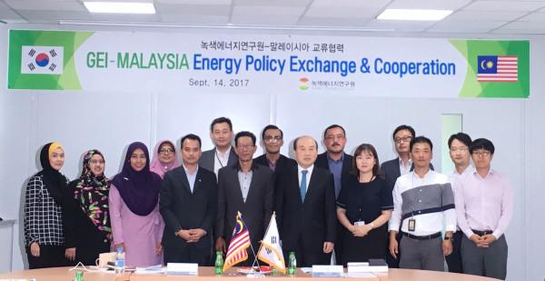 (17. 9. 14) 녹에연-말레이시아 정부기관 신재생에너지 활성화 정책교류 [wr_num]번째 이미지